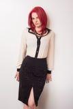 Modelo con el pelo rojo vivo Foto de archivo libre de regalías