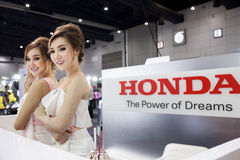 Modelo con Honda Foto de archivo