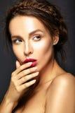 modelo con maquillaje diario fresco fotografía de archivo