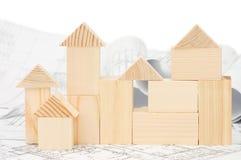Modelo da casa de madeira no projeto Foto de Stock