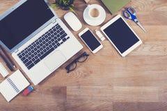 Modelo da mesa de escritório da vista superior Fotos de Stock