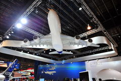 Modelo de Airbus A380 na exposição na cabine de Airbus em Singapura Airshow Foto de Stock Royalty Free