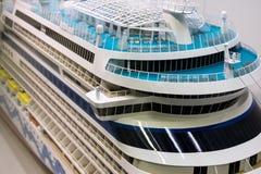 Modelo de escala de las cubiertas de un barco de cruceros Imágenes de archivo libres de regalías