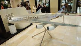 Modelo de Etihad A380 de la librea de los aviones Fotos de archivo libres de regalías