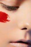 Modelo de fascínio com composição brilhante creativa Fotografia de Stock Royalty Free