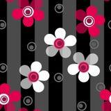 Modelo de flores rosado inconsútil en fondo rayado Fotos de archivo