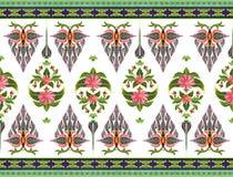 Modelo de flores y de hojas Foto de archivo libre de regalías