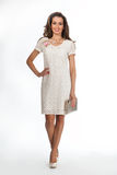 Modelo de forma bonito da mulher da atividade isolado no branco. verão Imagens de Stock Royalty Free