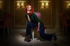 Modelo de forma de cabelo vermelho Imagens de Stock