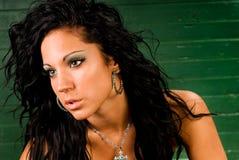 Modelo de forma fêmea do nativo americano imagem de stock royalty free
