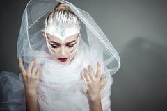 Modelo de forma Girl Portrait com composição brilhante imagem de stock