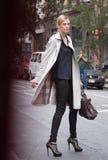Modelo de forma Martha Streck após o desfile de moda de DKNY Imagem de Stock
