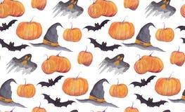 Modelo de la acuarela de Halloween con las calabazas, los palos, los fantasmas divertidos y la choza de la bruja en el fondo blan foto de archivo libre de regalías
