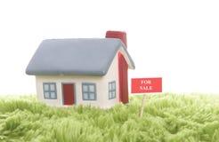 Modelo de la casa separada Fotos de archivo libres de regalías