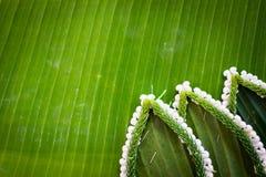 Modelo de la cesta flotante por la hoja del plátano para Loy Kratong Fotografía de archivo