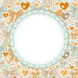 Modelo de la tarjeta de felicitación con los arcos y los corazones Imagen de archivo