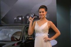 Modelo de Leica que muestra el nuevo producto Foto de archivo libre de regalías