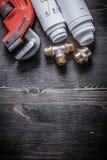 Modelo de los accesorios de fontanería del cobre de la llave inglesa Imagen de archivo