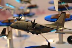 Modelo de los aviones militares en el salón aeronáutico Fotografía de archivo