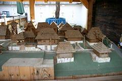 Modelo de madeira de uma cidade pequena Fotografia de Stock Royalty Free