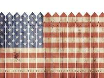 Modelo de madera de la bandera de With los E.E.U.U. de la cerca Fotografía de archivo