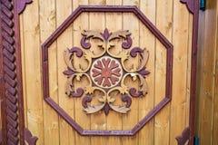 Modelo de madera en la puerta Foto de archivo libre de regalías