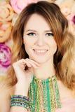 Modelo de manera de la mujer maquillaje hairstyle Imagen de archivo