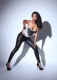 Modelo de manera negro joven hermoso en polainas Fotografía de archivo