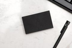 Modelo de marcagem com ferro quente dos artigos de papelaria incorporados com placa do cartão Foto de Stock Royalty Free