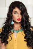 Modelo de moda atractivo de la mujer Closeup Portrait Fotos de archivo