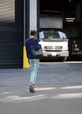 Modelo de moda después de un desfile de moda en Nueva York Foto de archivo libre de regalías