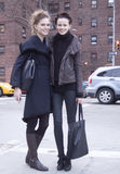 Modelo de moda después de un desfile de moda en Nueva York Imagen de archivo