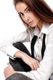 Modelo de moda en la camisa y el lazo blancos Fotos de archivo libres de regalías