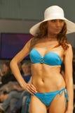 Modelo de moda en la demostración de la moda 2013 de Kyiv Foto de archivo libre de regalías