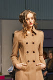 Modelo de moda en la moda 2013 de Kyiv Foto de archivo libre de regalías