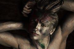 Modelo de moda de la belleza Mirada de la manera Concepto de la moda y del arte Machista en cara seria Imagen de archivo libre de regalías
