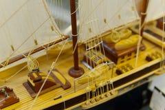 Modelo de navio da navigação na loja de lembrança, close up Imagem de Stock