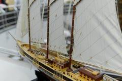 Modelo de navio da navigação na loja de lembrança, close up Fotos de Stock