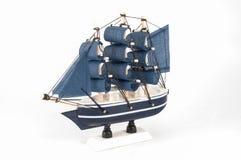 Modelo de navio isolado Imagens de Stock