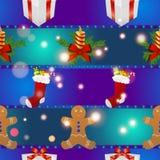 Modelo del Año Nuevo con el regalo del hombre de pan de jengibre, la vela de la Navidad y los calcetines para los regalos Foto de archivo