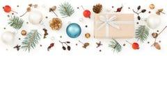 Modelo del Año Nuevo, decoraciones de la Navidad en blanco Fotografía de archivo libre de regalías