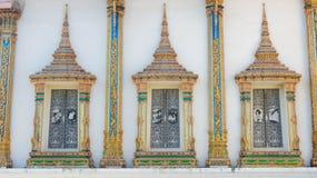 Modelo del arte de las ventanas del templo Imagenes de archivo