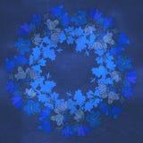 Modelo del círculo con los bellflowers Caleidoscopio redondo de flores y de elementos florales Fotografía de archivo