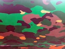 Modelo del camuflaje pintado en el metal Imágenes de archivo libres de regalías