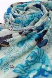 Modelo del estilo chino hecho de las bufandas de la tela Imagen de archivo libre de regalías