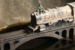 Modelo del ferrocarril en el puente Foto de archivo libre de regalías