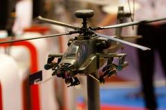Modelo del helicóptero de Apache Imagenes de archivo