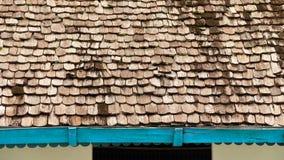 Modelo del tejado de madera de la casa vieja Imagen de archivo