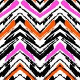 Modelo dibujado mano multicolora con las líneas del zigzag Fotos de archivo libres de regalías