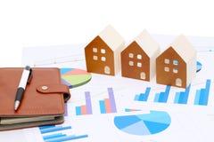 Modelo diminuto da casa no original da carta Imagem de Stock Royalty Free